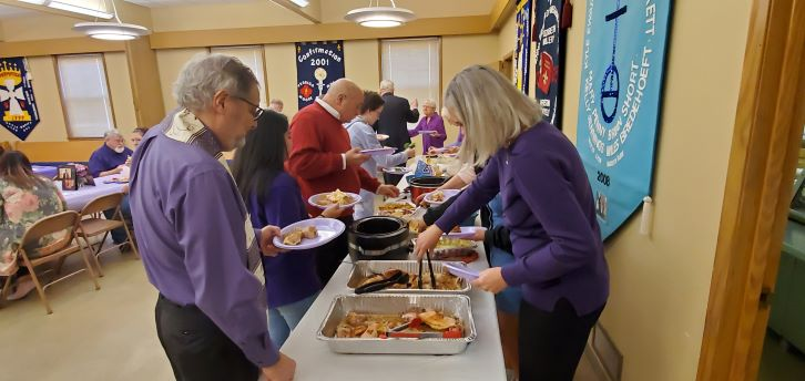 St-Luke's-United-Church-of-Christ_Independence-MO_Pastor-5th-Anniversary-potluck-2.jpg